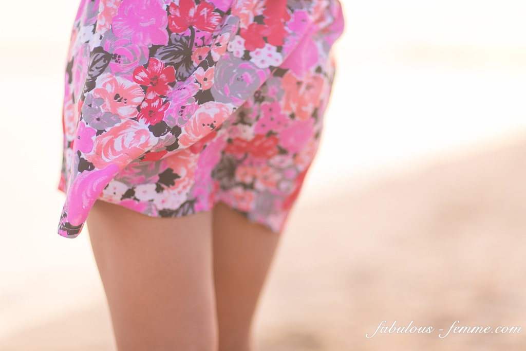 skirt at beach - fashion blogs melbourne