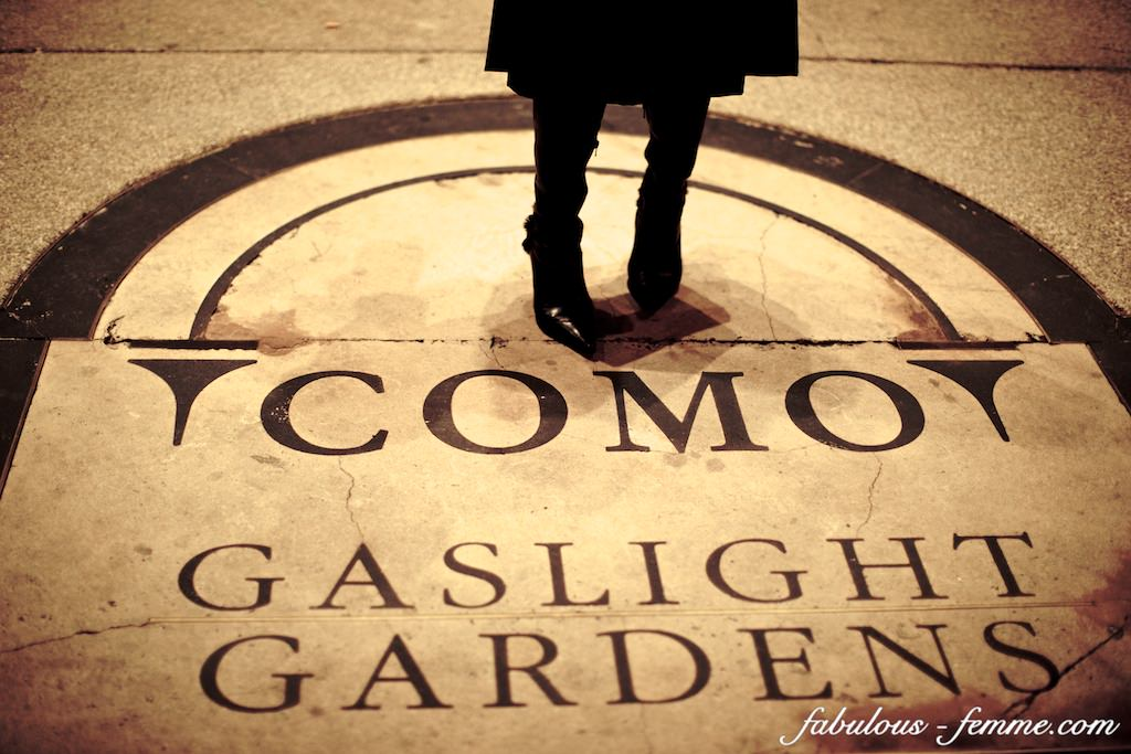 como gardens - logo and sign