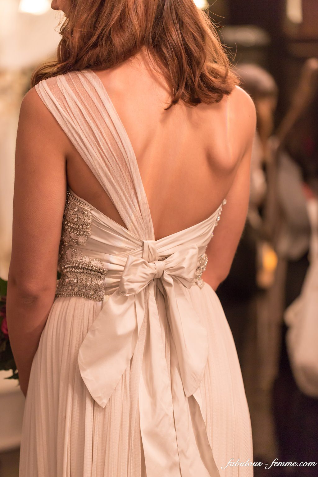 back of wedding dress - bow
