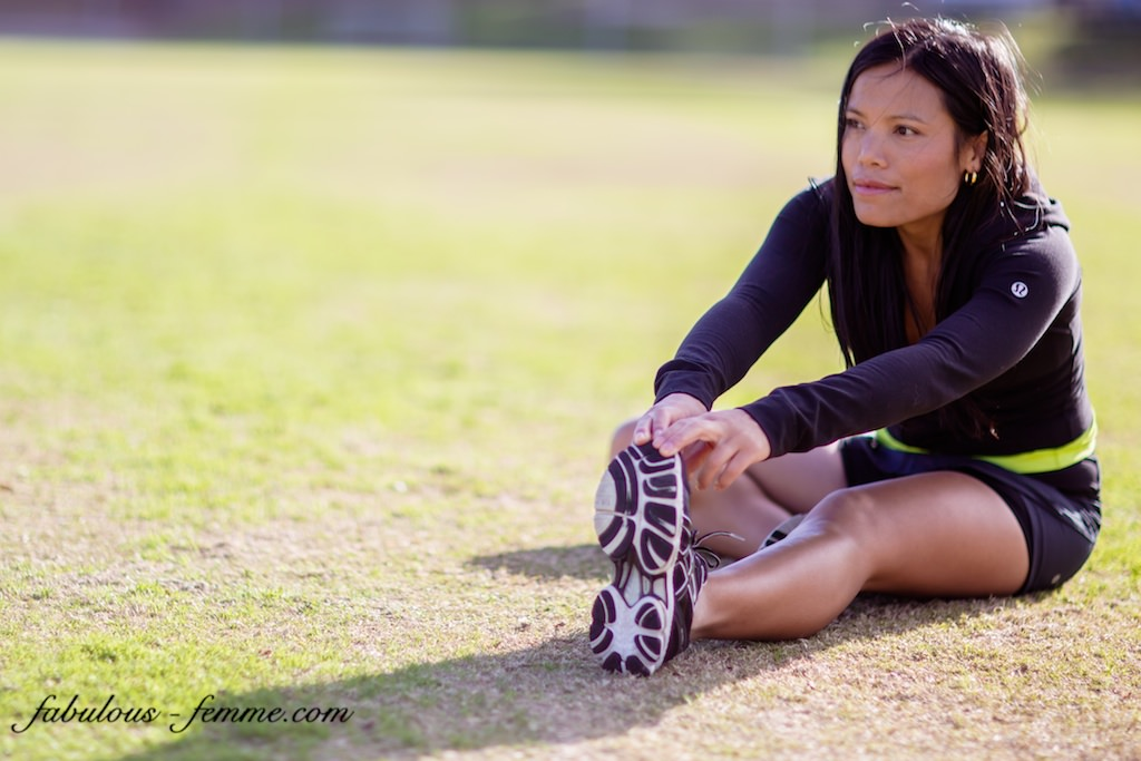 fitness melbourne - girl performing hamstring stretch