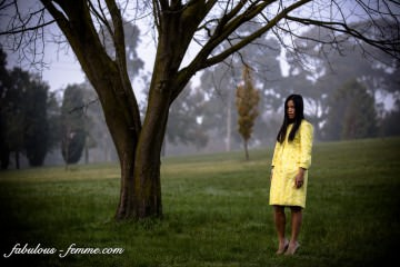 fashion blogging in melbourne - foggy morning for a yellow outfit
