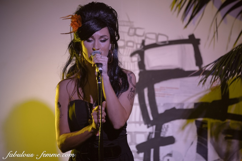 female singer melbourne