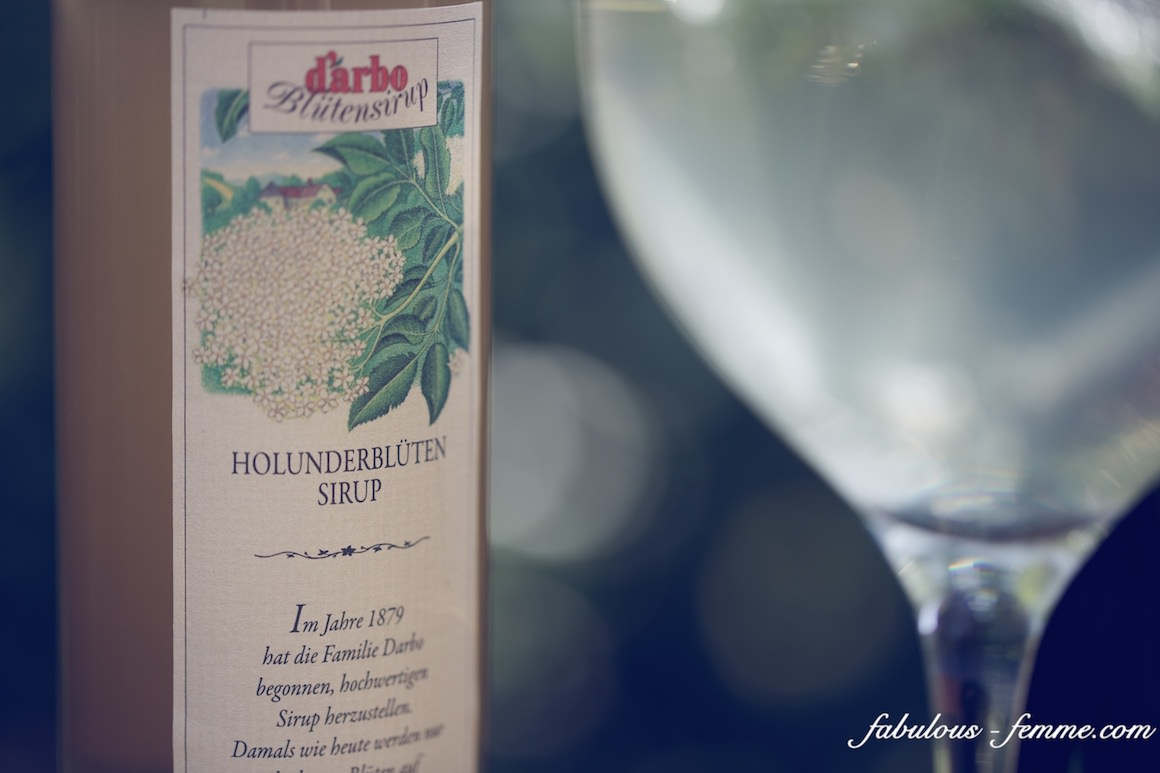 Hollunder is elderflower