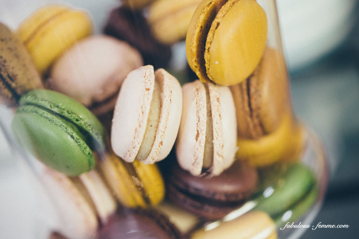 best colourful macaroons
