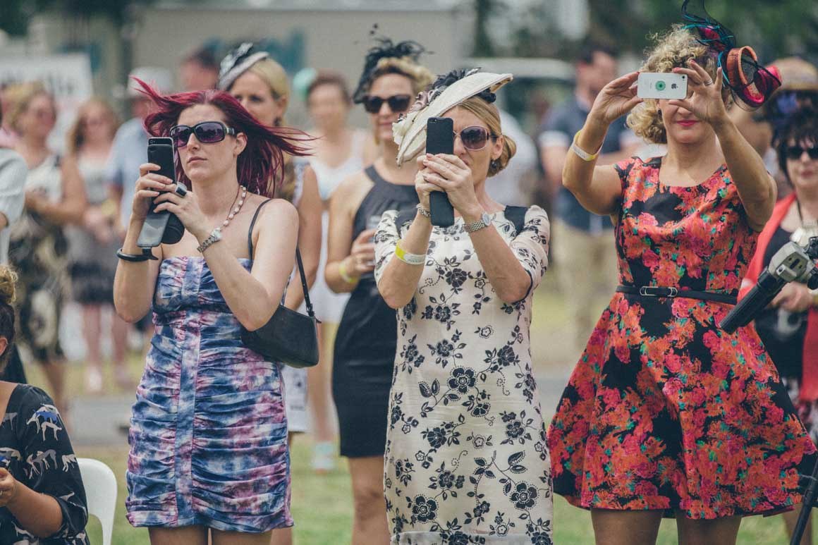 photography at melbourne spring races