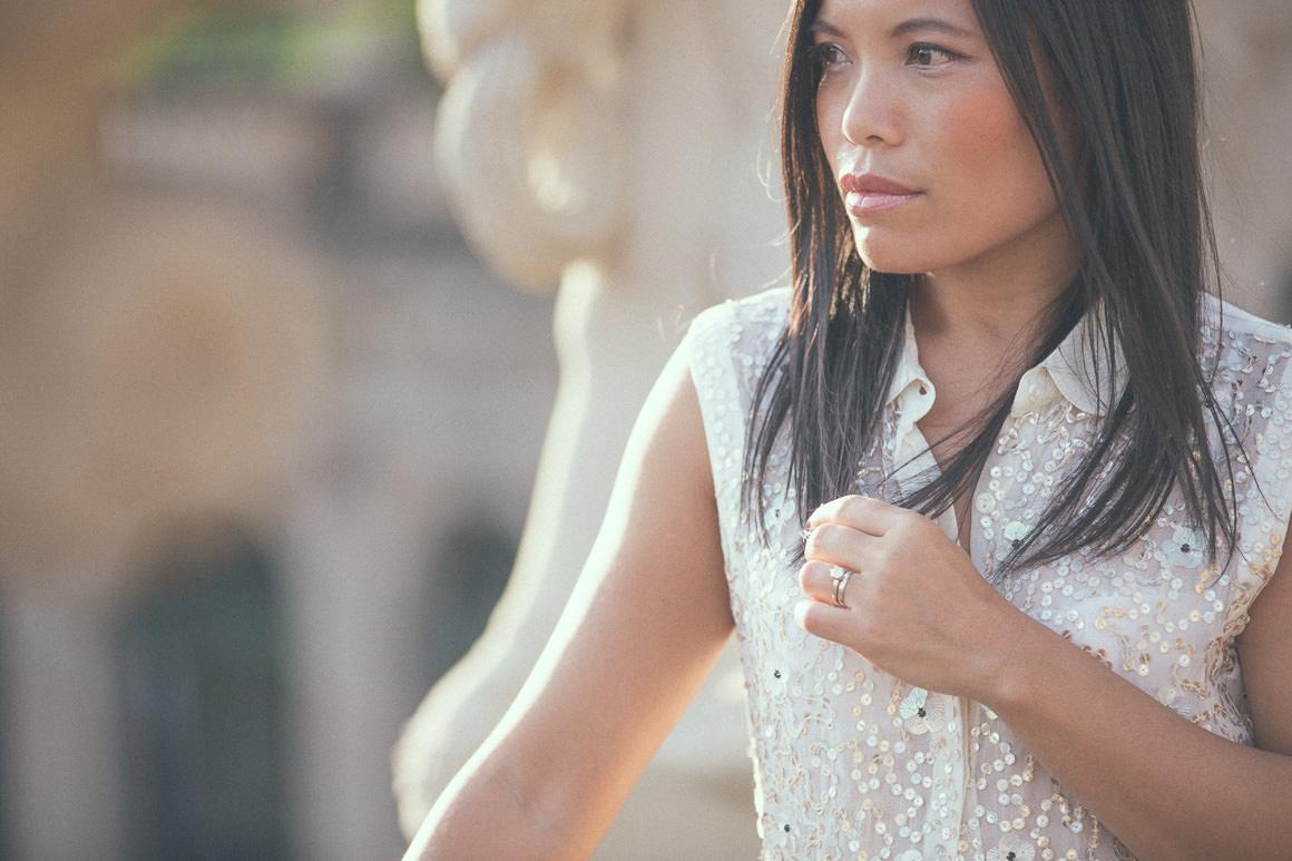 portrait - french chic - melbourne fashion blogger in dresden - swinger