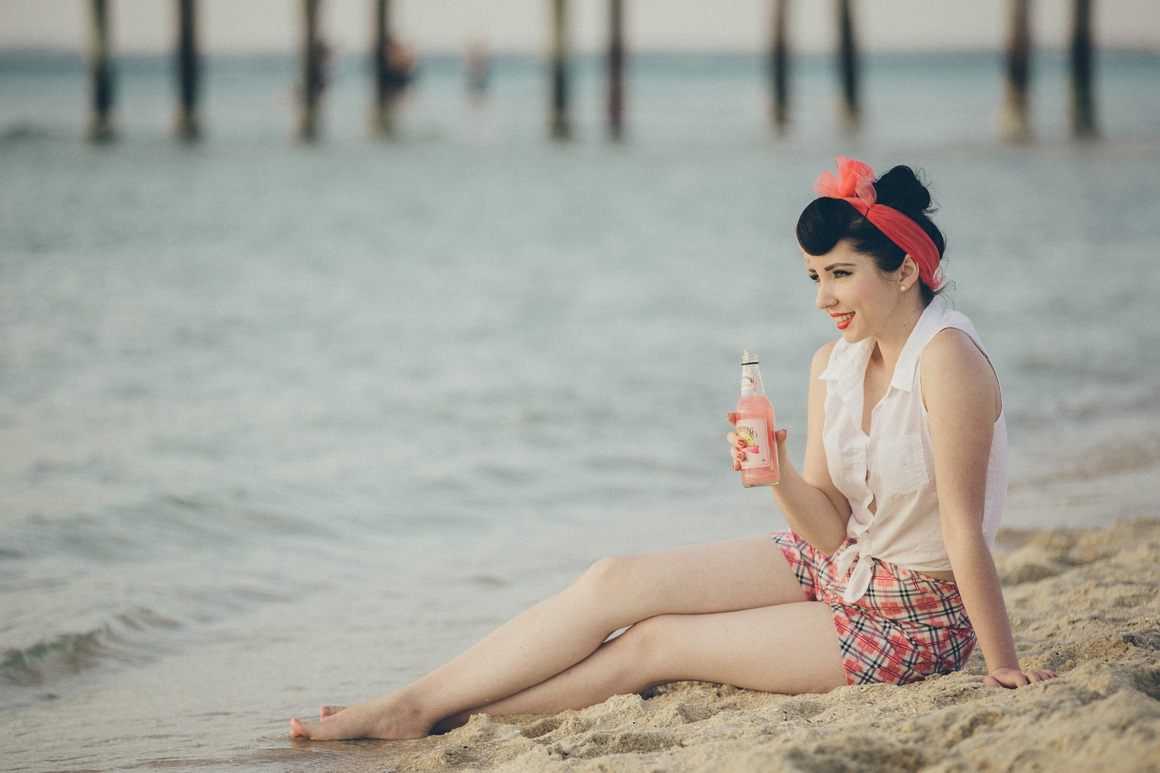 beach pin up