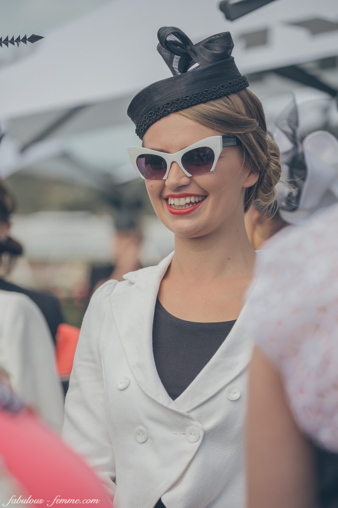 sunglasses - black and white