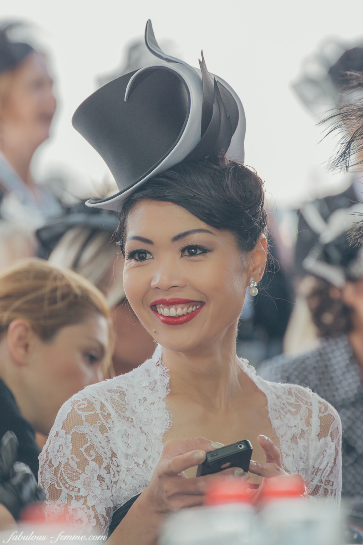 melbourne races - fashion competitions