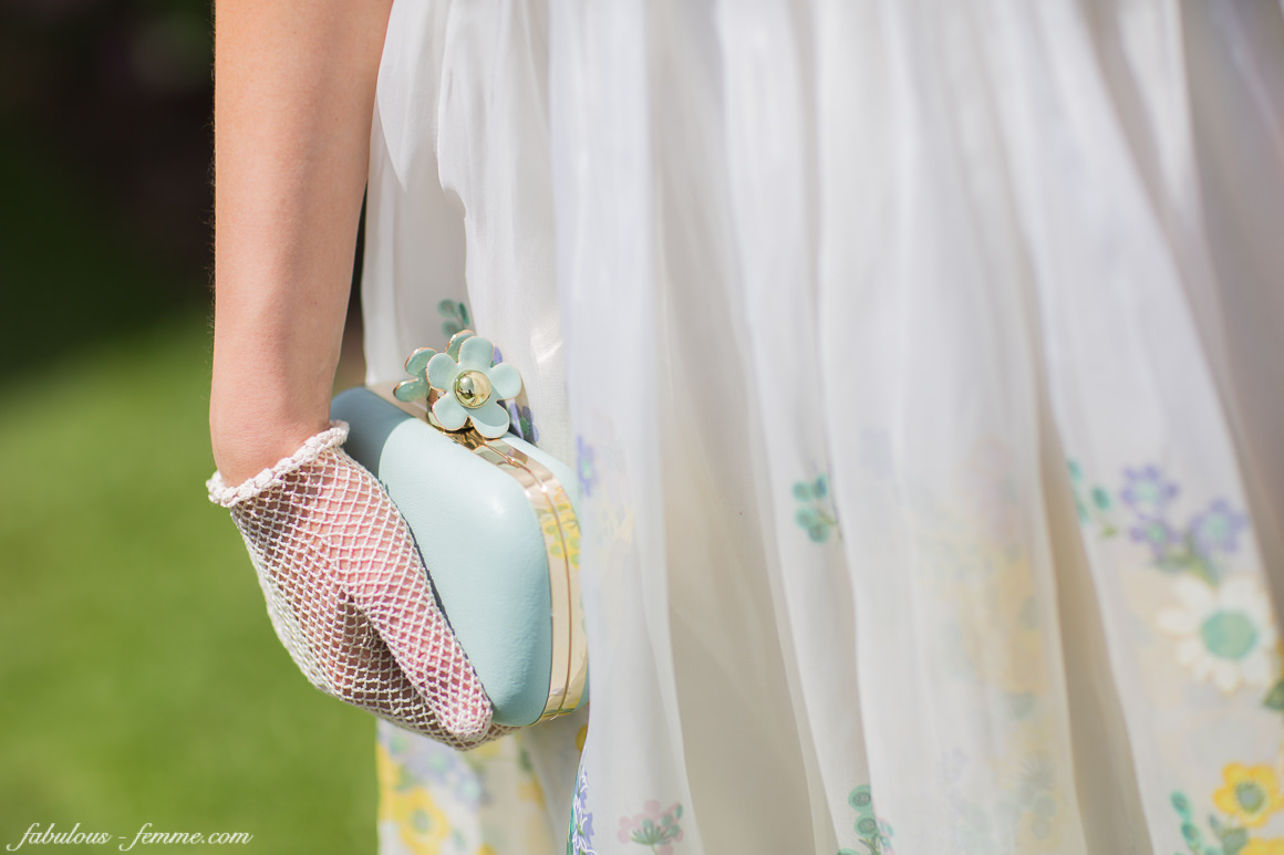 pastel colours - vintage outfit for races