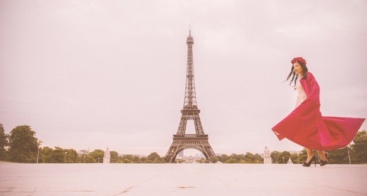 TRavel and fashion shoot in Paris by Melbourne Fashion blogger - dior style at the eiffel tower