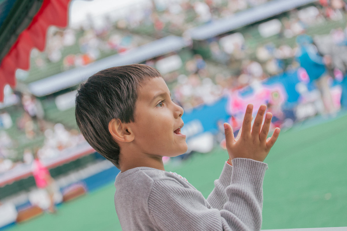 kids watching the tennis - kooyong family friendly event