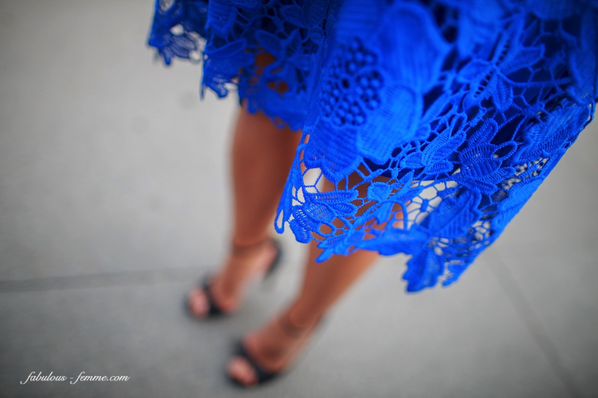 lace dress in blue - luxury