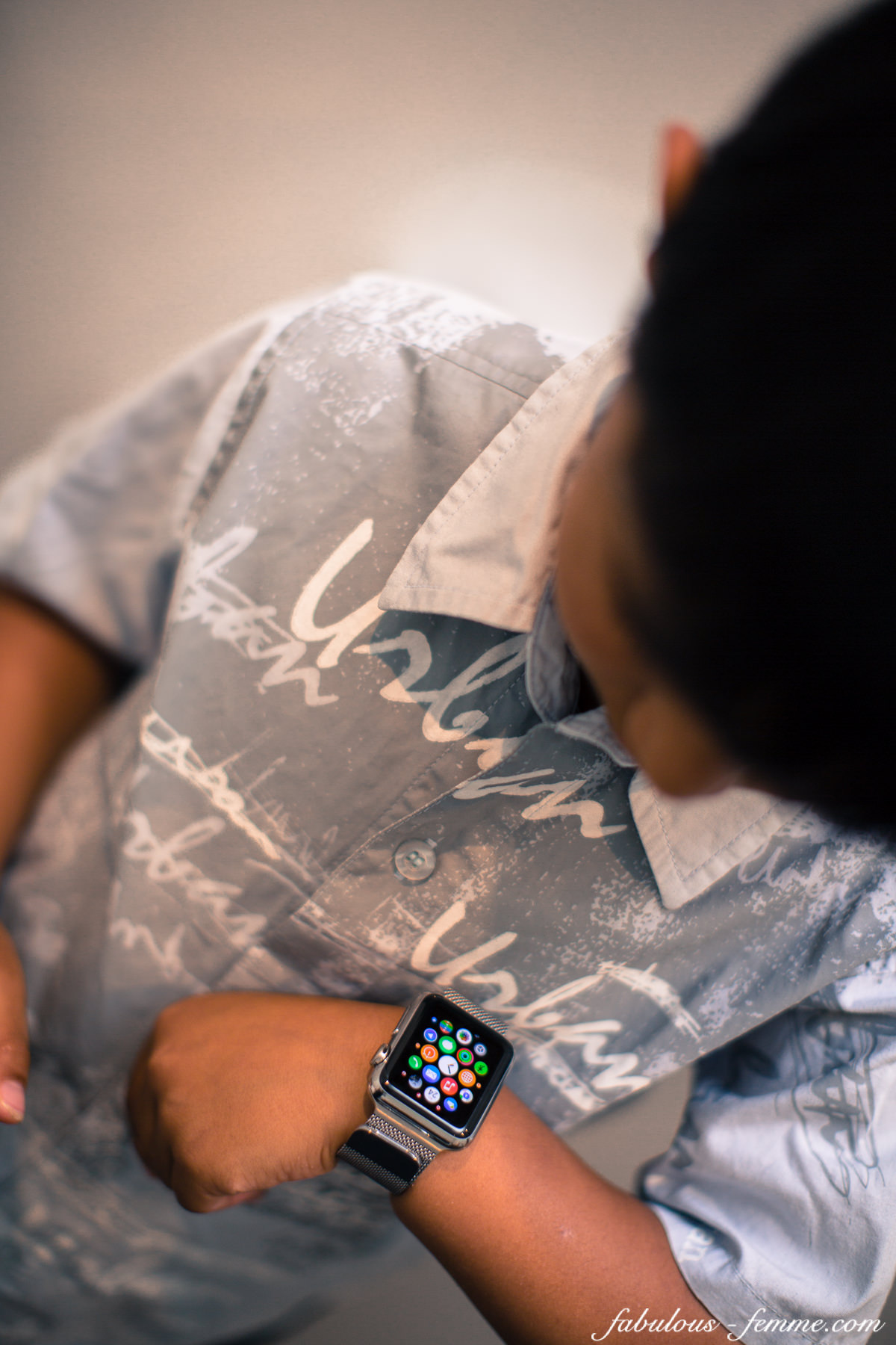 apple watch is not a fashion accessoire - kids wearing it