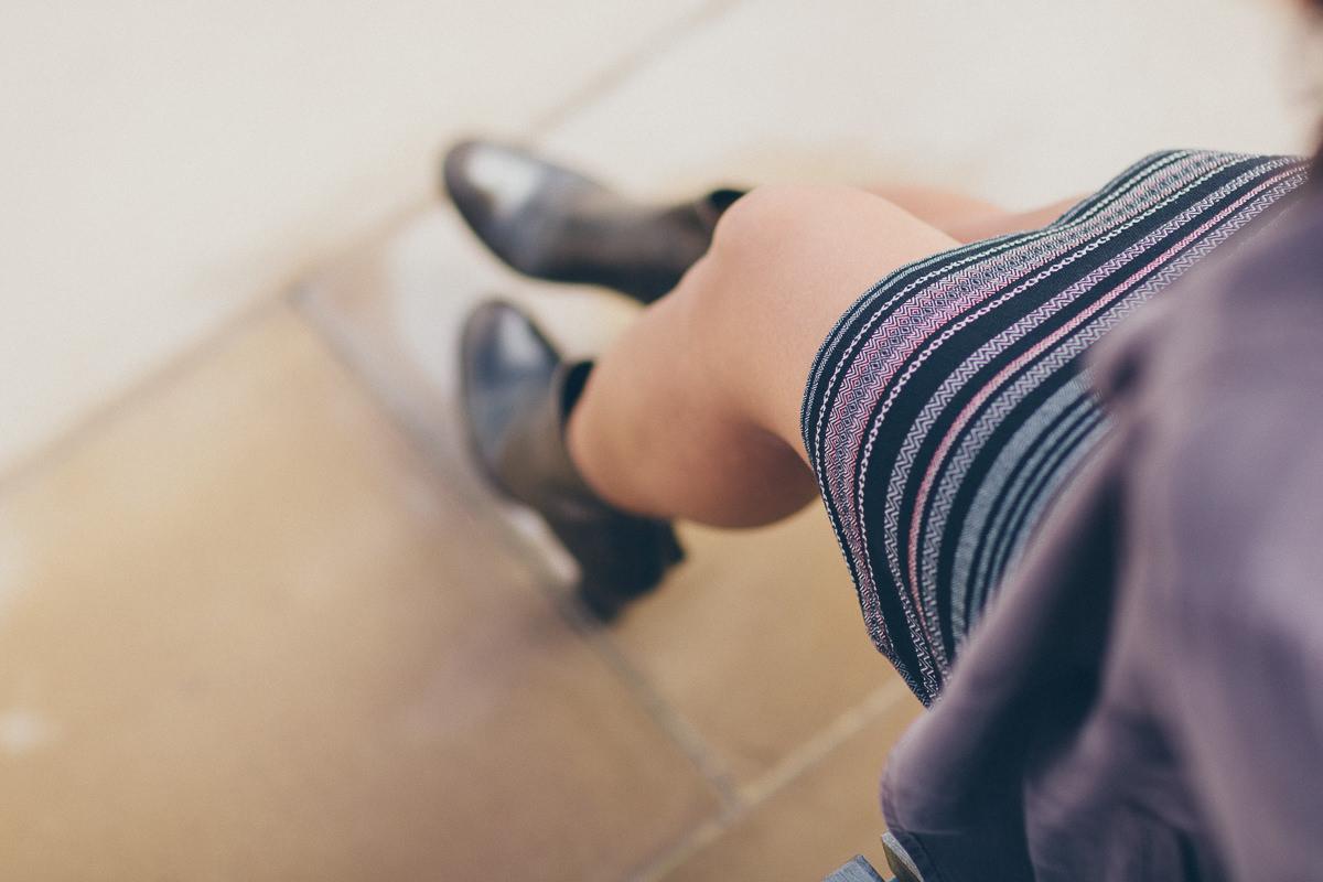 legs skirt
