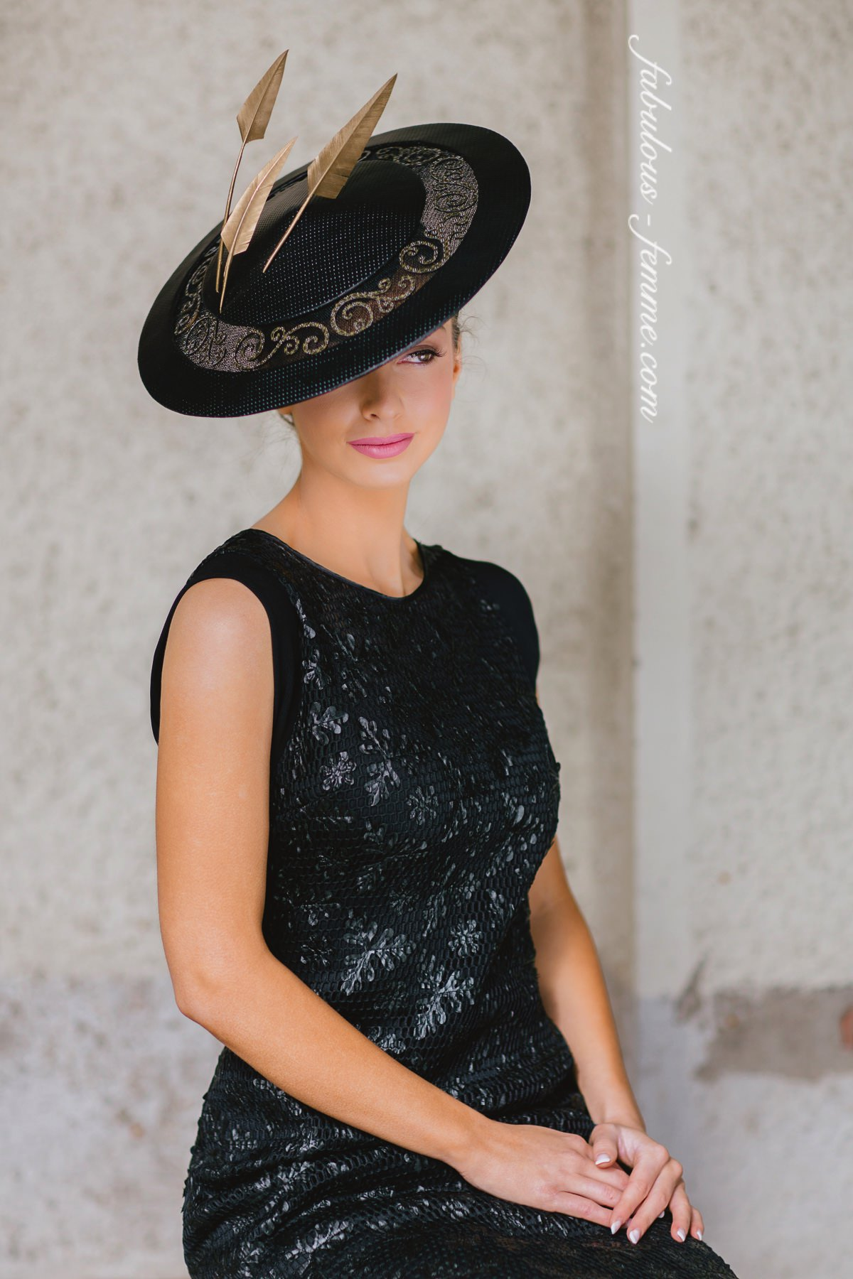 Derby Day - Hats with matching outfit in black and white - new trends