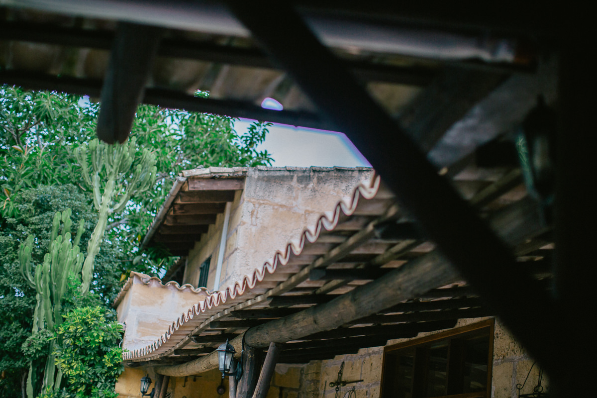 spanish roof - travel blog