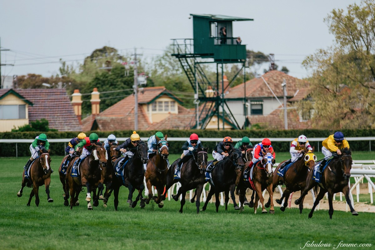racing in caulfield - event photography