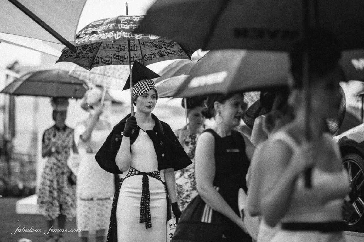 Style in rain at the Melbourne Cup - We provide the best event photography in Melbourne
