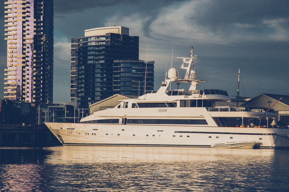 james packer yacht Texas - from the water