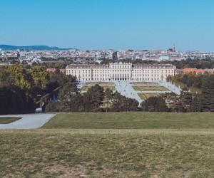 australian travel blogger photographs europe castle