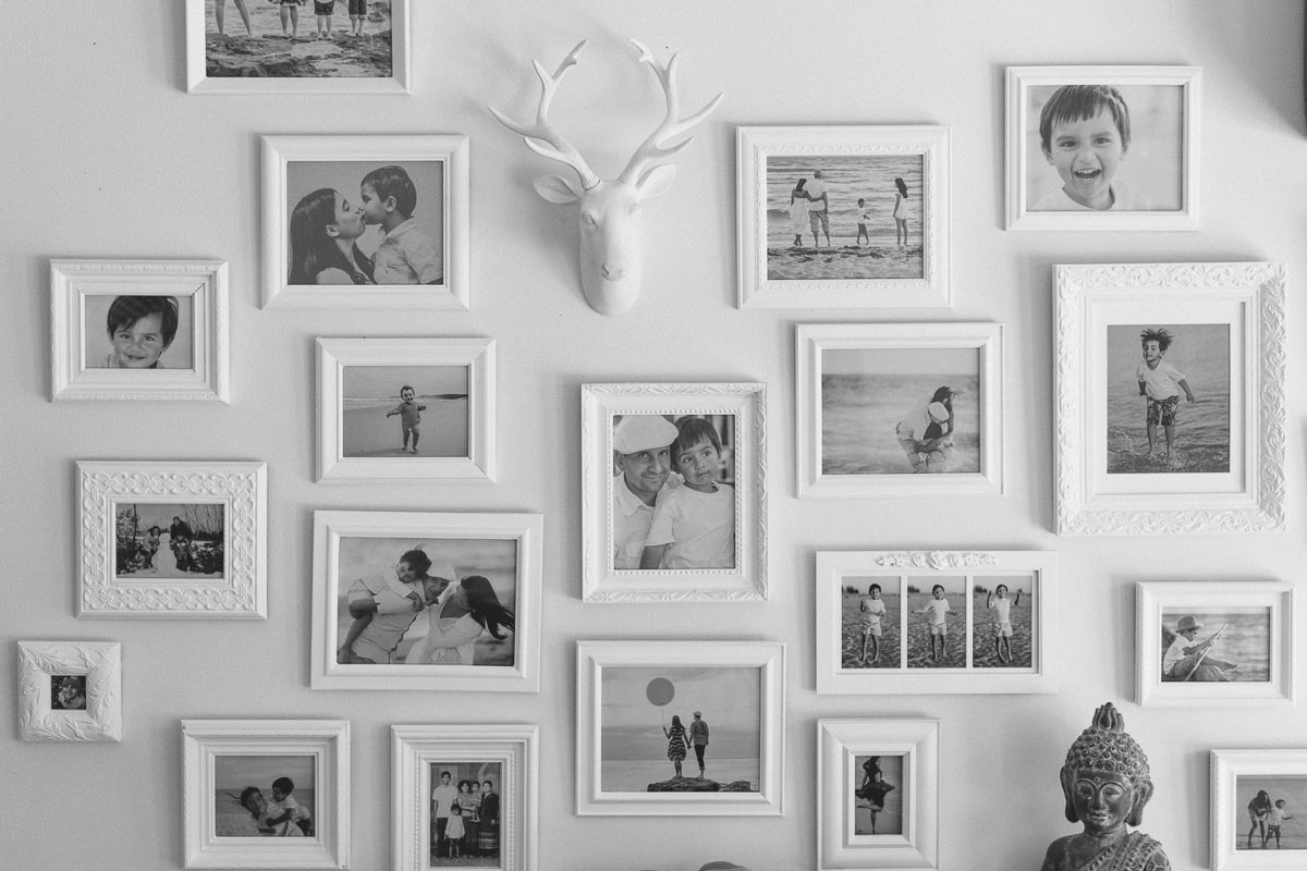 best melbourne family photography - creative photographer creates wall of love