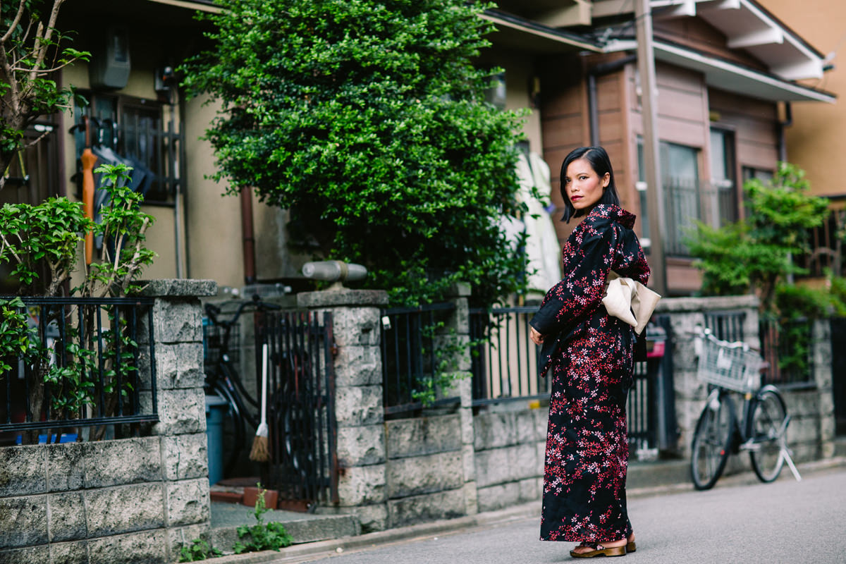 travel blog - japan - how to wear a kimono