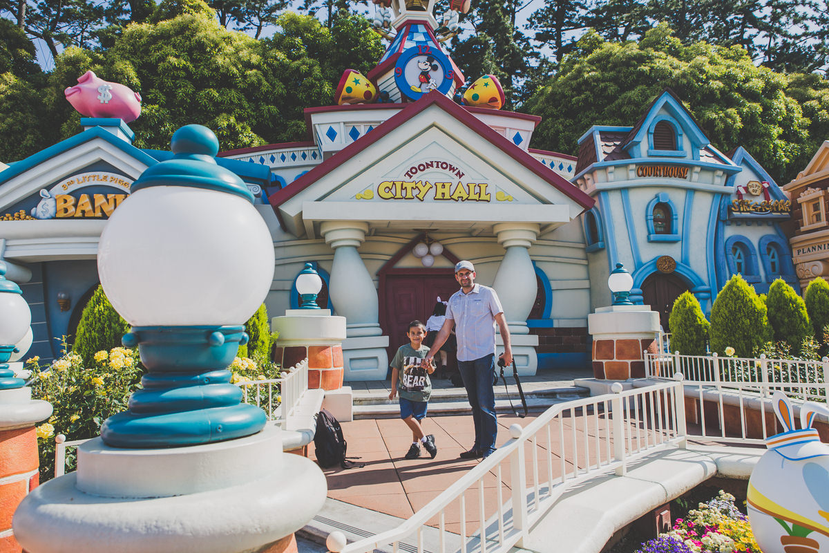toonland travel photo