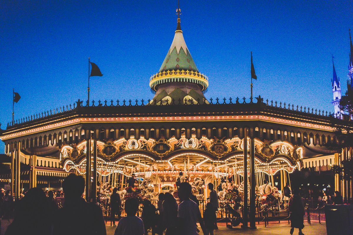 carousel in nighttime