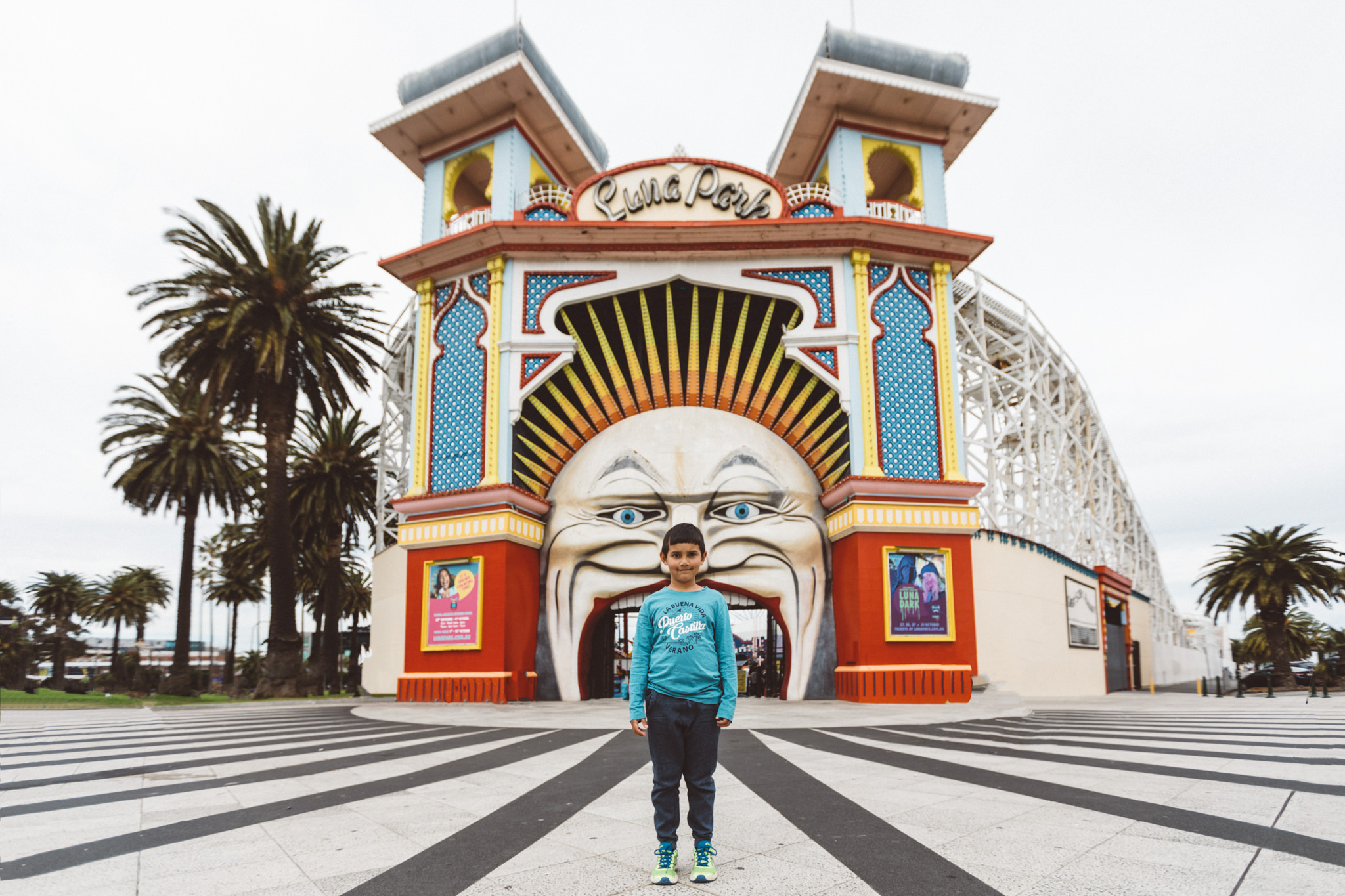 photo luna park big mouth entrance in melbourne
