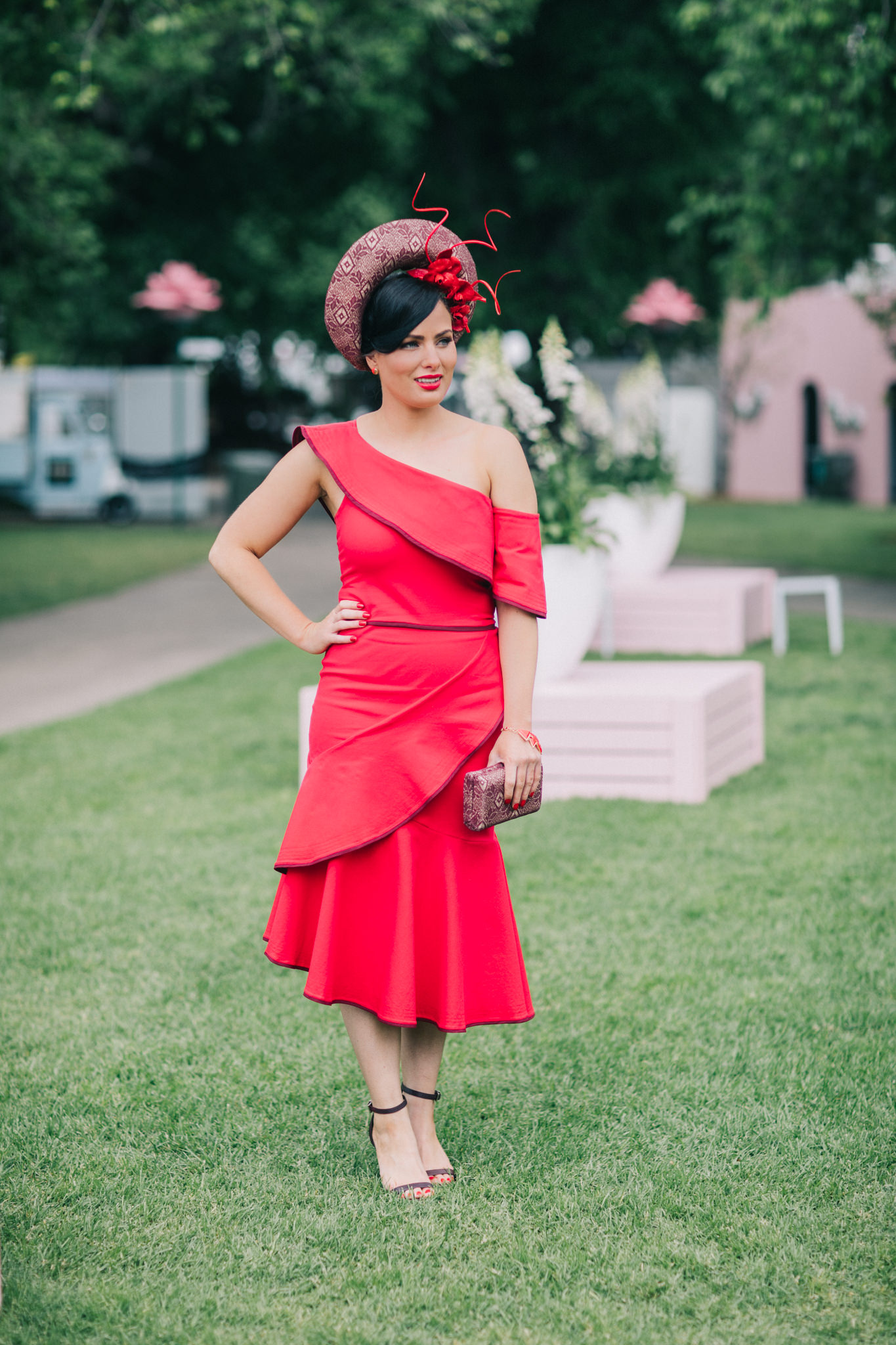 Fashion photography at the melbourne races - the best outfit trends