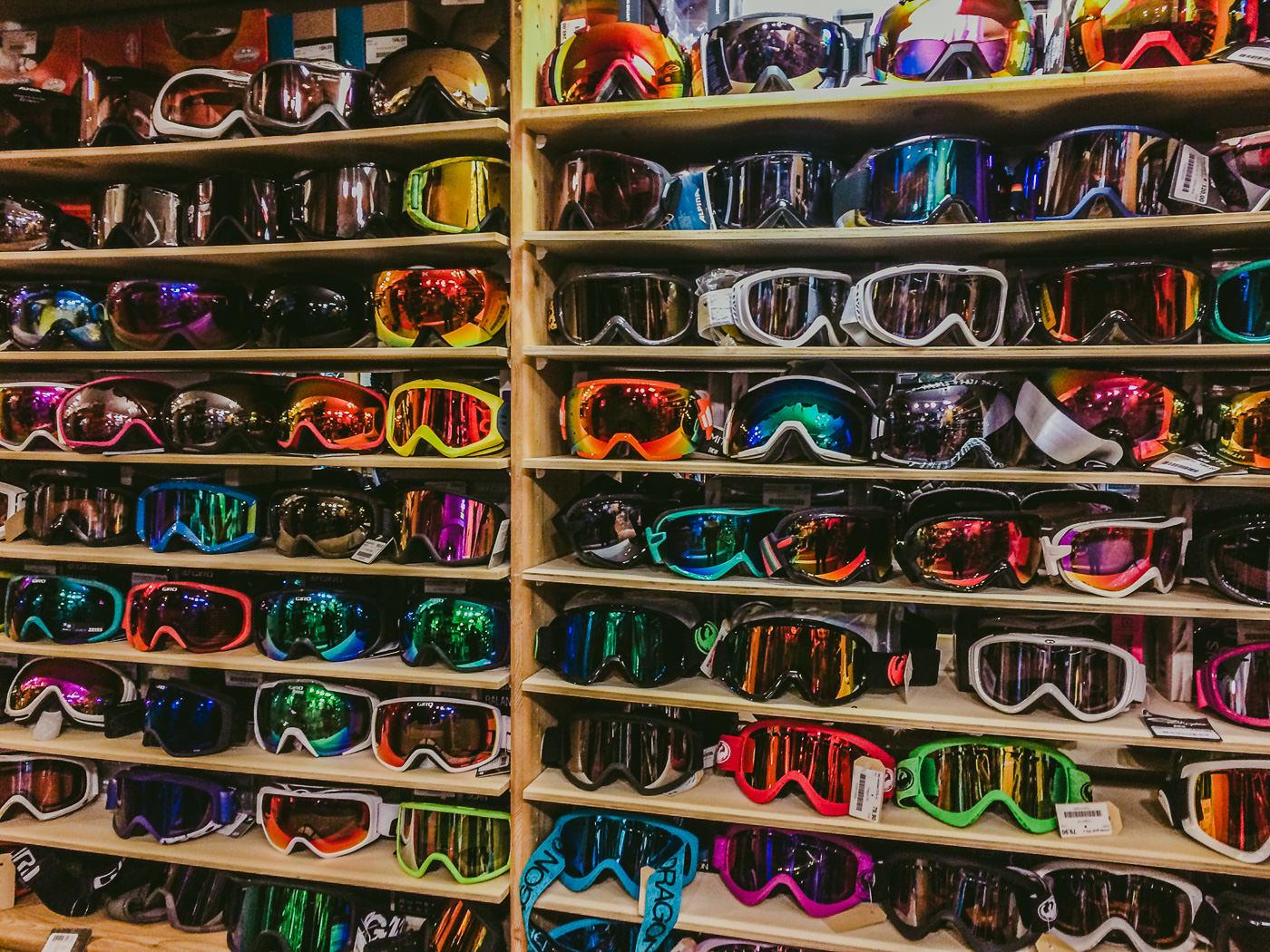 100 ski goggles