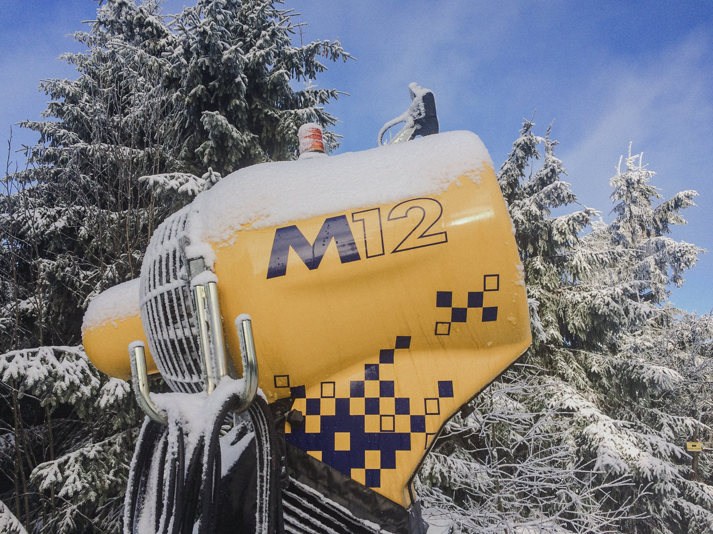 M12 snow cannon