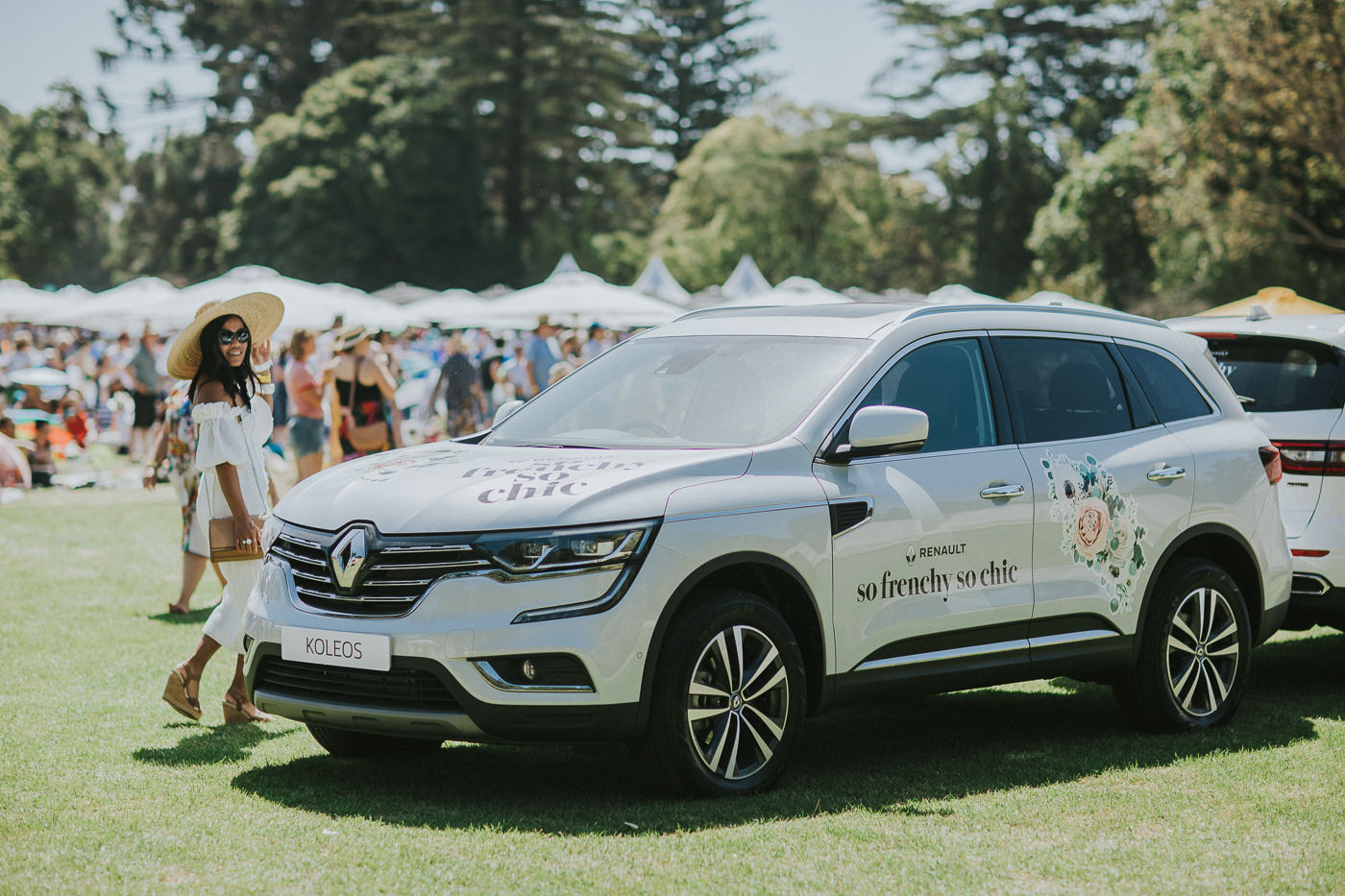 renault sponsoring so frenchy so chic festival