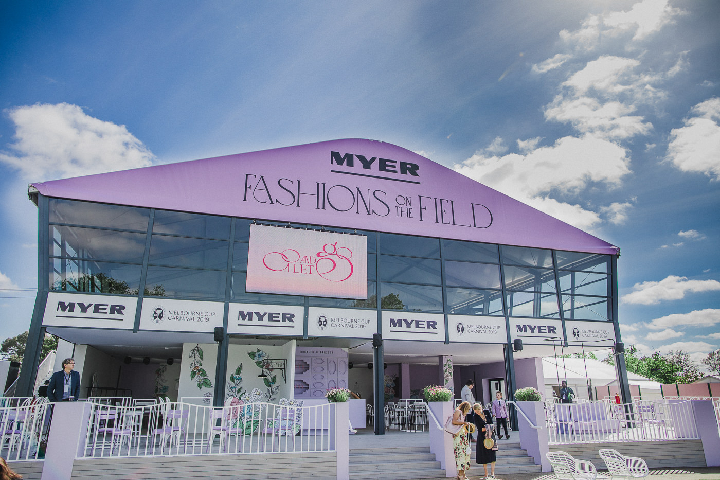 Fashions on the Filed enclosure by Myer 2019 - Colours