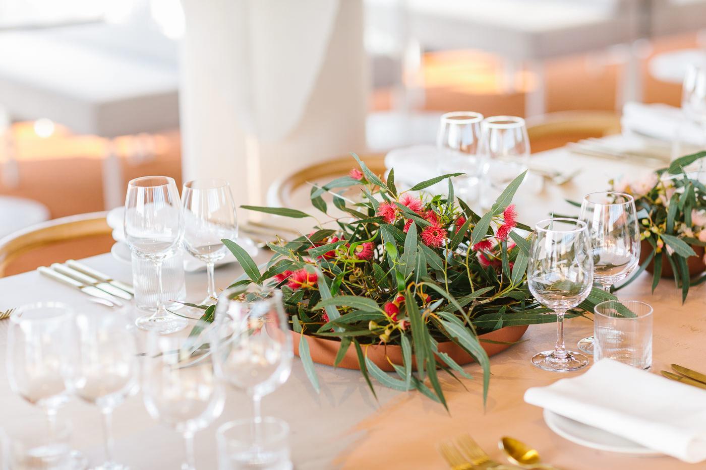 luxury restaurant - Birdcage byu Neil Perry