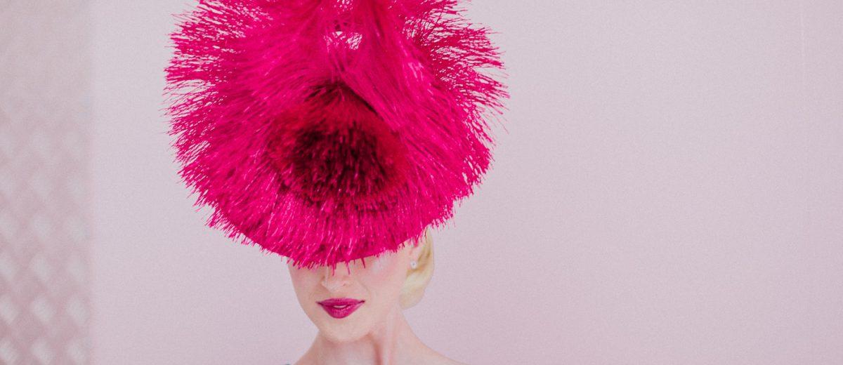 Pink Feathers - Pink Lipstick