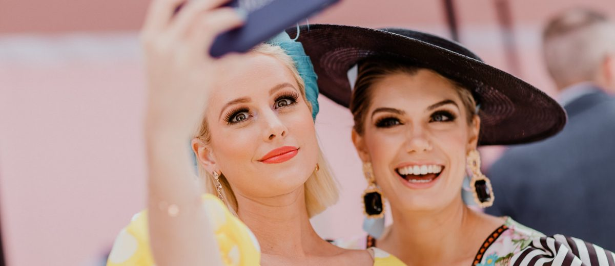 Racing Fashion - Selfie time at the races - candid moments at the Melbourne Cup - best photos for events