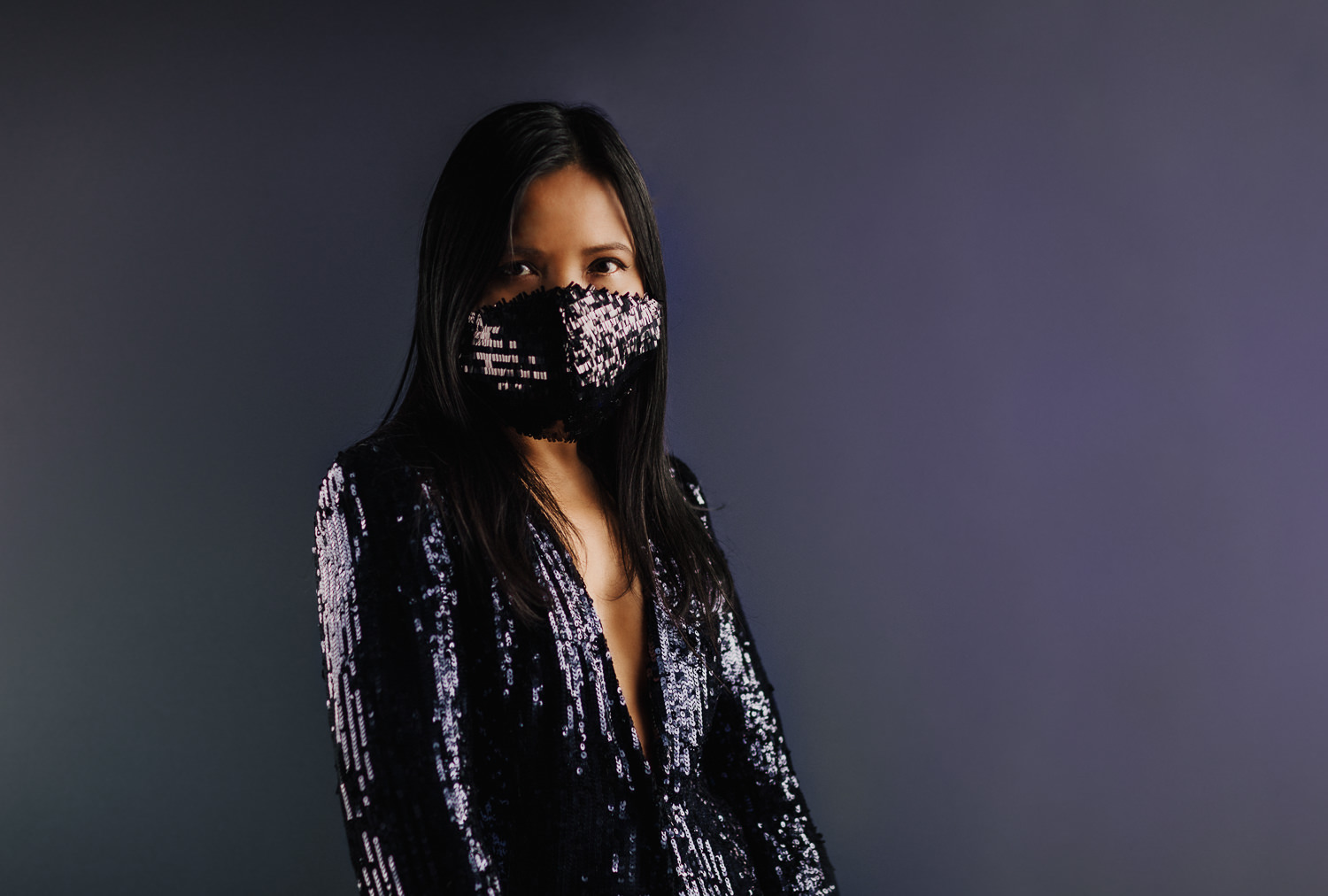 stylish facemask - black facemask with sequin - most luxurious facemasks on the market