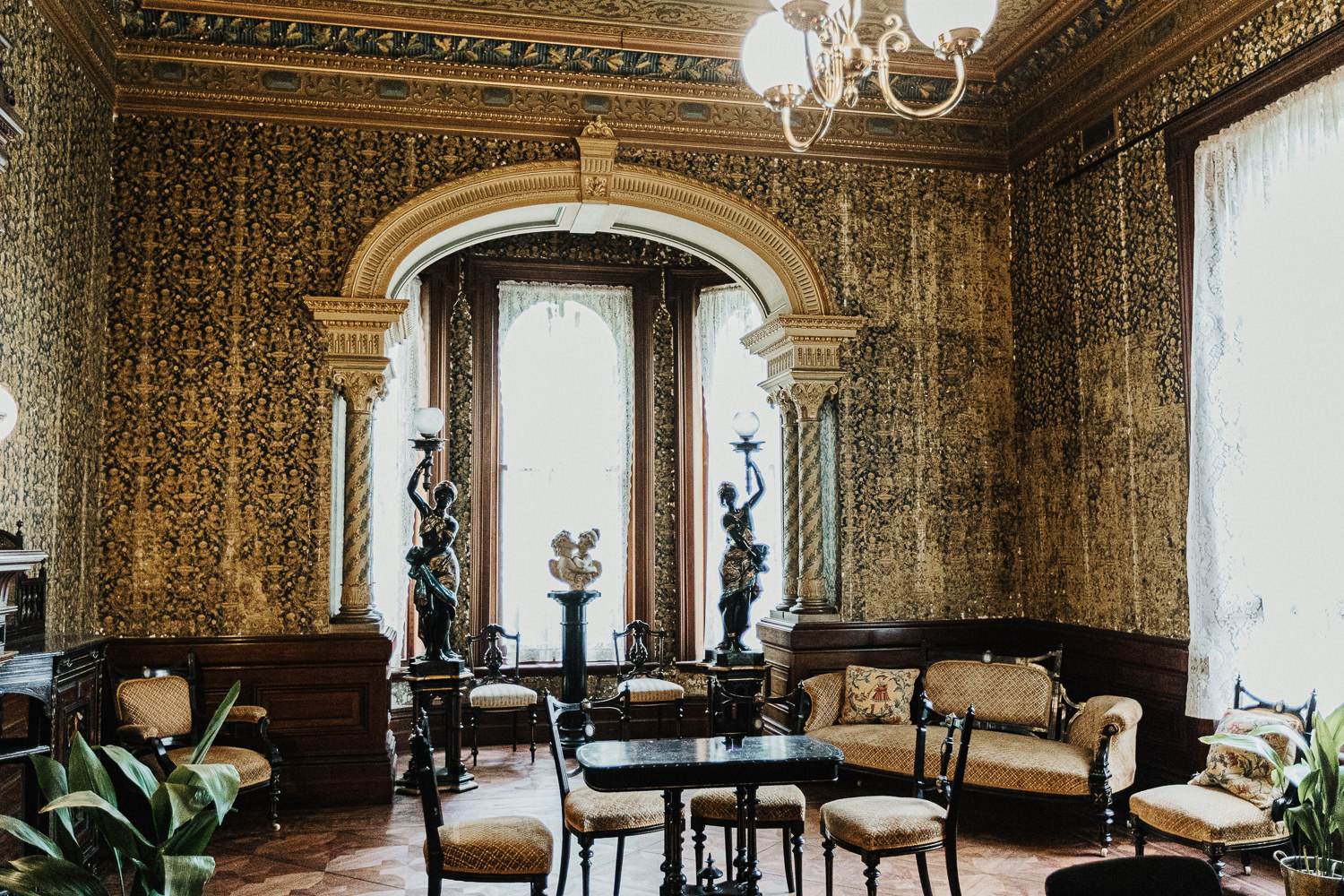 Grand rooms in Melbourne
